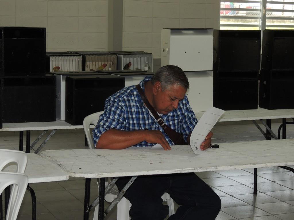 Ramon Fernandez taking the judge's test.