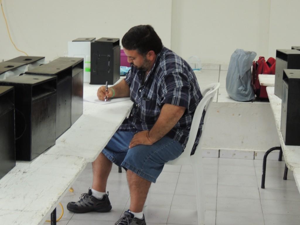 Warner Lopez takig the judge's test.
